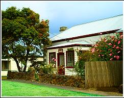 Image of Sywn-Y-Mor, 3 bedroom cottage in Port Fairy, Victoria, Australia